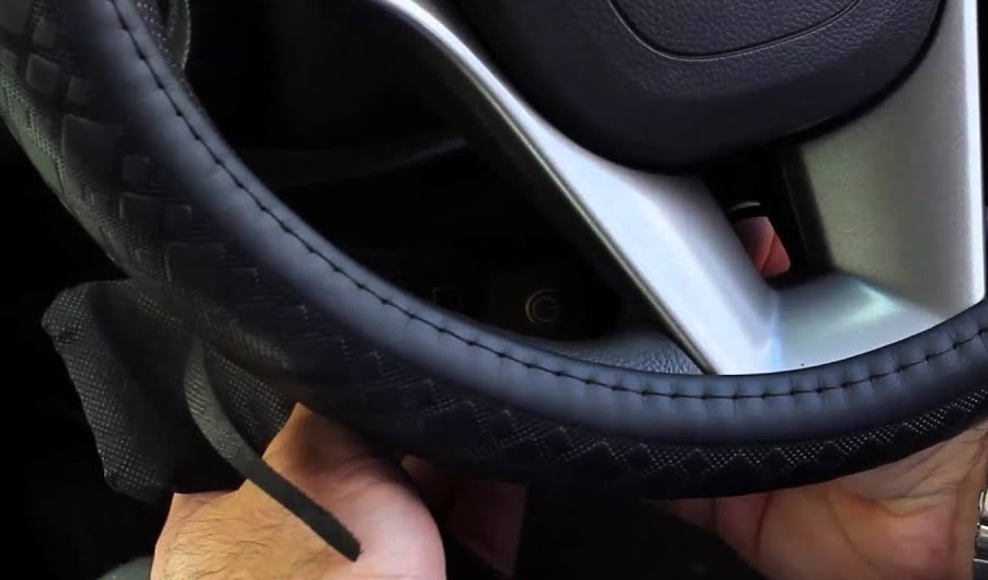 The top 5 heated steering wheel covers for winter cars
